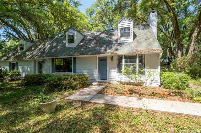 15018 SW 15TH Avenue, Newberry, FL 32669 (MLS #443172) :: The Curlings Group