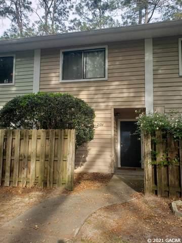2104 SW 39th Drive, Gainesville, FL 32607 (MLS #443371) :: Abraham Agape Group