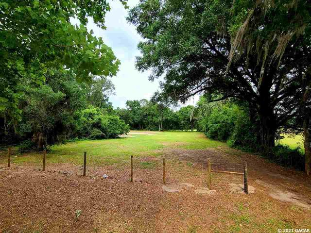 16605 NW 202nd Street, Alachua, FL 32615 (MLS #444358) :: The Curlings Group