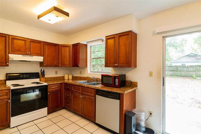2053 NW 31st Place, Gainesville, FL 32605 (MLS #445441) :: Pepine Realty