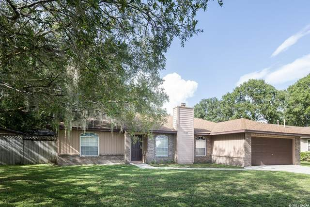5004 NW 28th Place, Gainesville, FL 32606 (MLS #447513) :: The Curlings Group