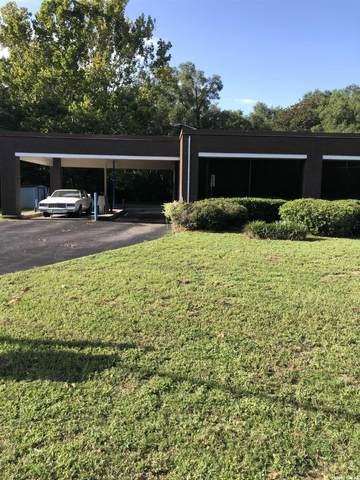 2725 SE Hawthorne Road, Gainesville, FL 32641 (MLS #447635) :: Abraham Agape Group