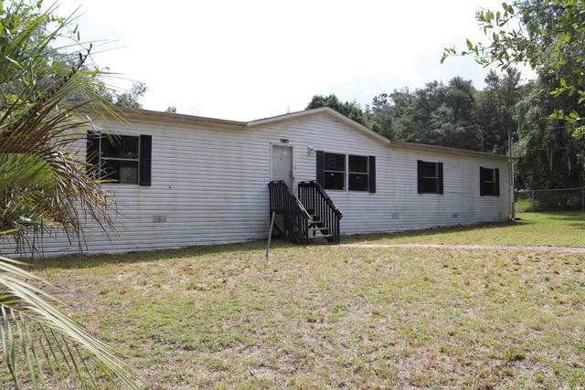 121 Putnam Hall, Melrose, FL 32666 (MLS #447651) :: Abraham Agape Group