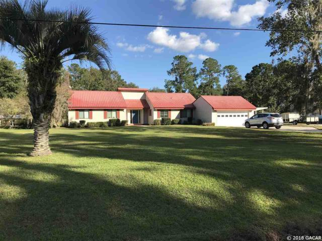 559 SE 5th Avenue, Melrose, FL 32666 (MLS #409696) :: Bosshardt Realty