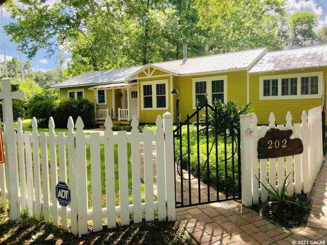 202 NW 5th Street, Micanopy, FL 32667 (MLS #441220) :: The Curlings Group
