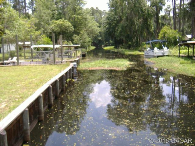 1328 SE 4th Avenue, Melrose, FL 32666 (MLS #370116) :: Bosshardt Realty
