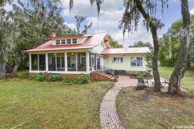 561 SE Lakeview Drive, Keystone Heights, FL 32656 (MLS #432200) :: Bosshardt Realty