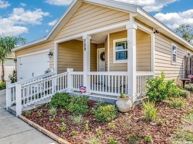 709 SW 251st Street, Newberry, FL 32669 (MLS #447772) :: Abraham Agape Group