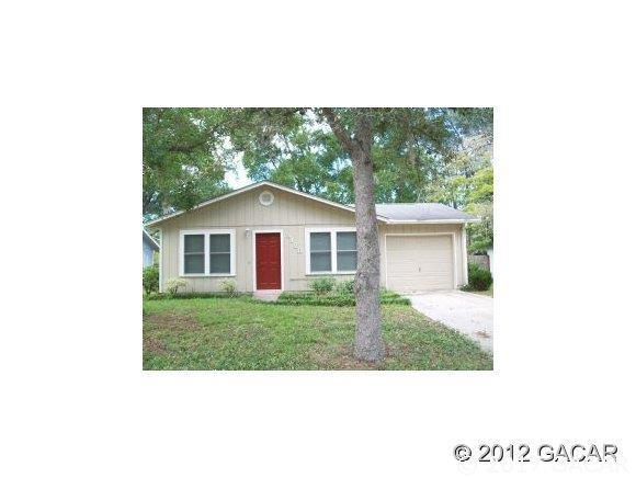 3128 NW 18th Street, Gainesville, FL 32605 (MLS #408015) :: Thomas Group Realty