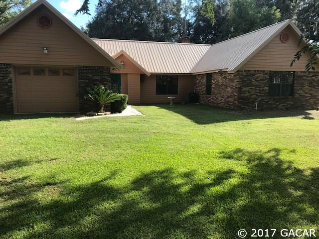 1504 SE Peacock Terrace, Lake City, FL 32025 (MLS #409156) :: Thomas Group Realty