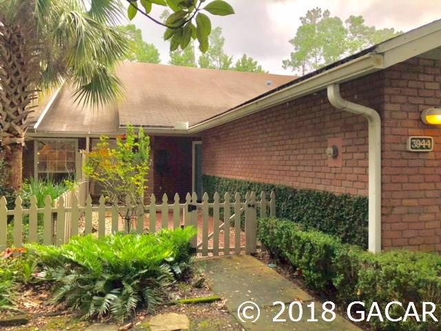 3944 NW 25 Circle, Gainesville, FL 32606 (MLS #417242) :: Bosshardt Realty