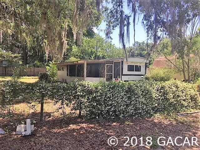 11837 N East Street, Brooker, FL 32622 (MLS #419408) :: Bosshardt Realty