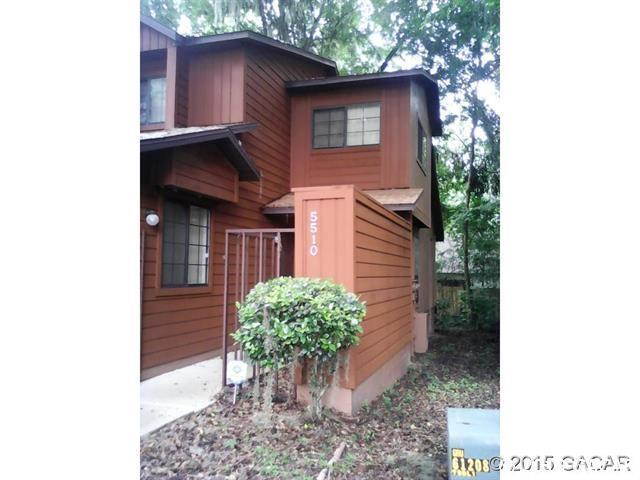 5510 SW 8th Place, Gainesville, FL 32607 (MLS #421844) :: OurTown Group