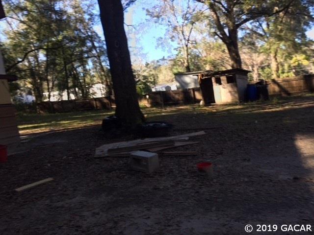 18430 NW 57th Court, Reddick, FL 32686 (MLS #422208) :: Bosshardt Realty