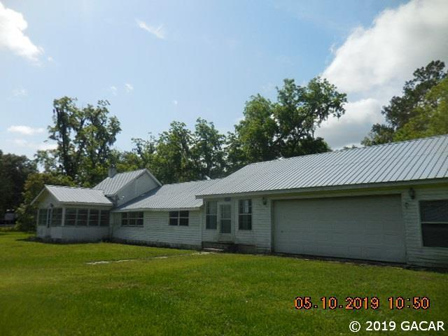 14141 NE 146th, Waldo, FL 32694 (MLS #425130) :: Bosshardt Realty