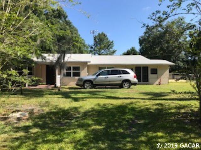 21124 SE 65th Avenue, Hawthorne, FL 32640 (MLS #425332) :: Florida Homes Realty & Mortgage