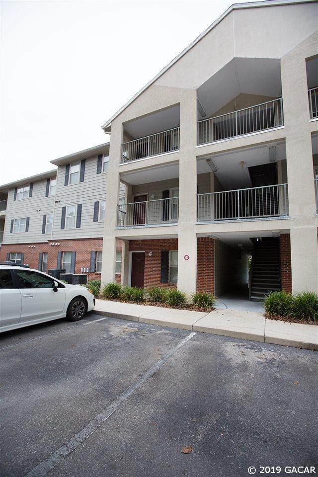 2360 SW Archer Road #602, Gainesville, FL 32608 (MLS #426292) :: Bosshardt Realty