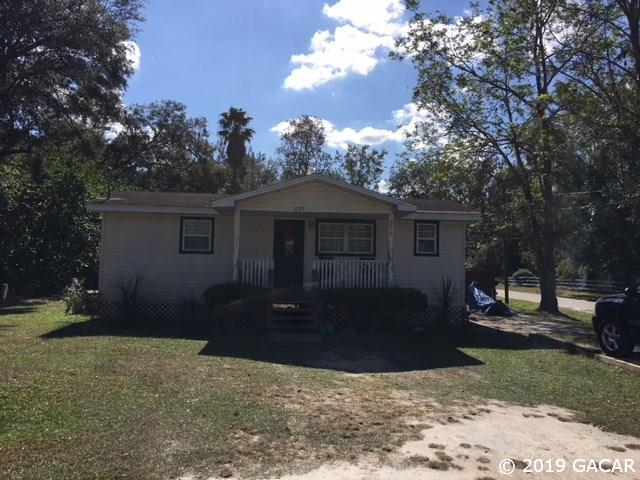 830 NW 4th Avenue, Trenton, FL 32693 (MLS #426378) :: Bosshardt Realty