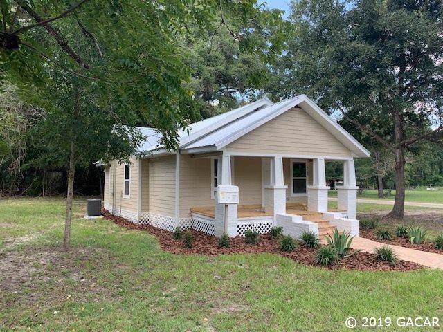 18738 NW 251 Street, High Springs, FL 32643 (MLS #428369) :: Bosshardt Realty