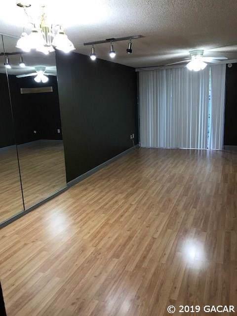 709 SW 75 Street #207, Gainesville, FL 32607 (MLS #429863) :: Pepine Realty