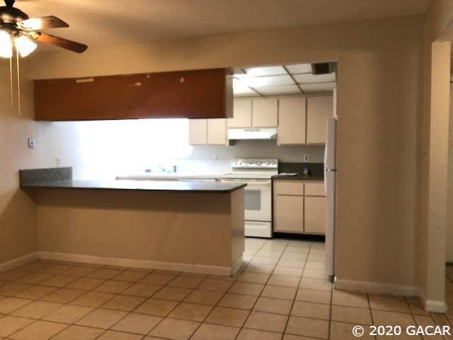 2811 SW Archer Road D-31, Gainesville, FL 32608 (MLS #433803) :: Rabell Realty Group
