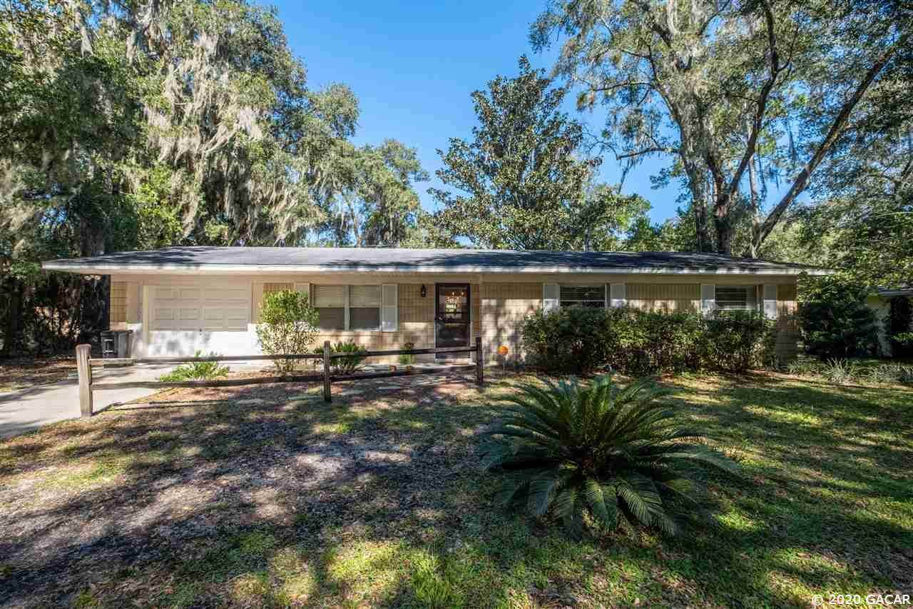 1938 39th Place - Photo 1