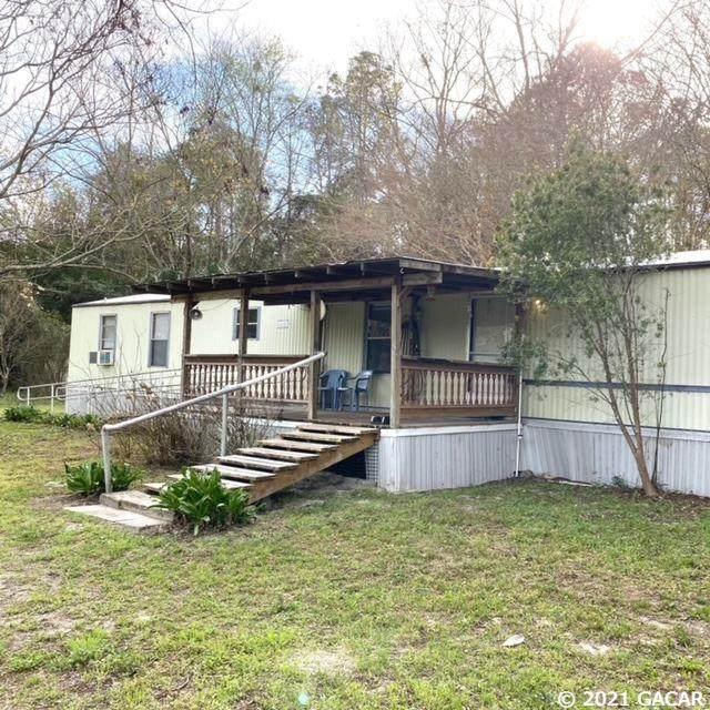 210 SE Hardin Court, High Springs, FL 32643 (MLS #442028) :: Pepine Realty
