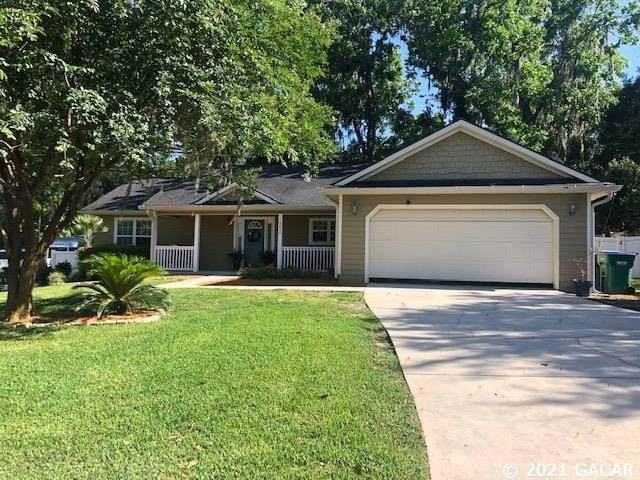 14659 NW 150TH Place, Alachua, FL 32615 (MLS #444322) :: The Curlings Group