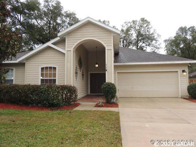 1609 SW 66th Drive, Gainesville, FL 32607 (MLS #445677) :: Better Homes & Gardens Real Estate Thomas Group