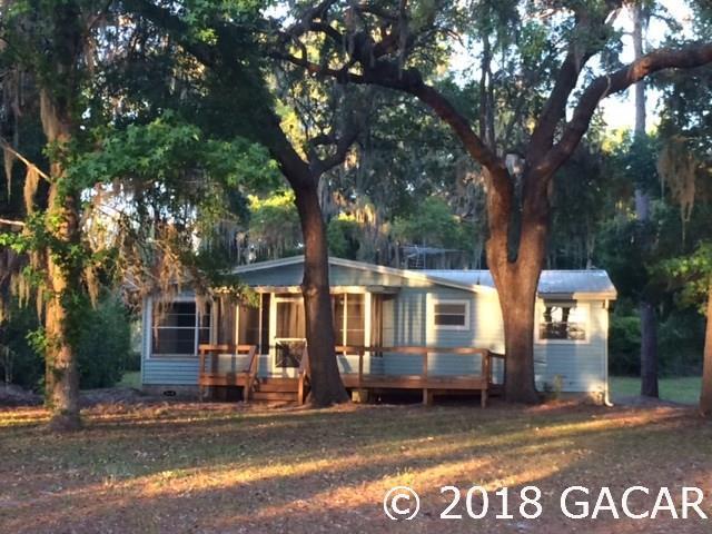 227 Long Lake Road, Hawthorne, FL 32640 (MLS #413594) :: Bosshardt Realty