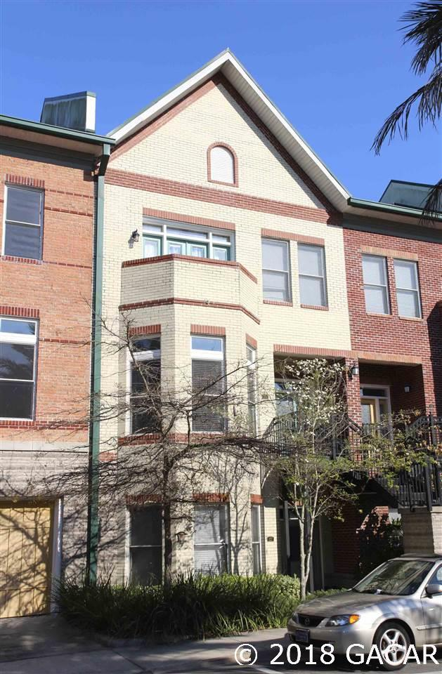 135 NE 3RD Street, Gainesville, FL 32601 (MLS #416624) :: Florida Homes Realty & Mortgage