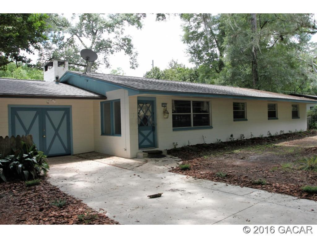 3741 NW 23rd Avenue, Gainesville, FL 32605 (MLS #377689) :: Bosshardt Realty