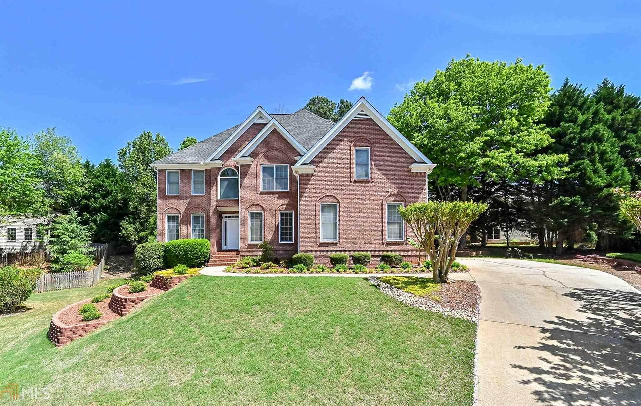 325 Cool Spring Ct - Photo 1