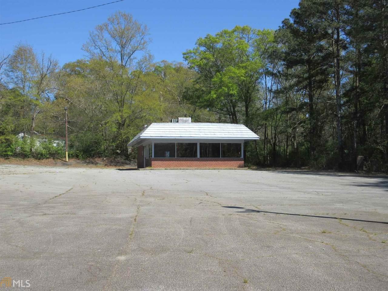 1101 Whitesville St - Photo 1