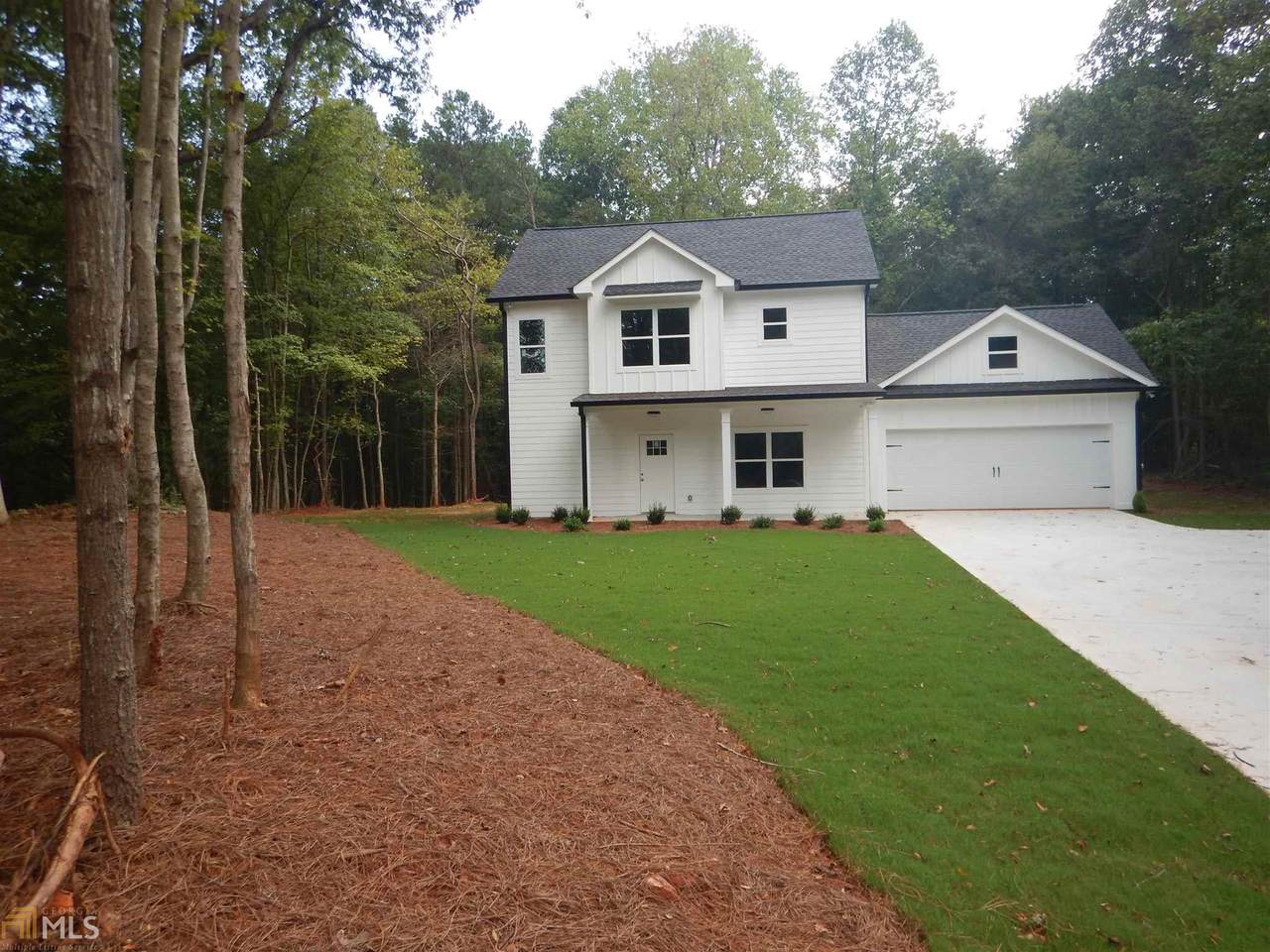 3466 Holly Springs - Photo 1