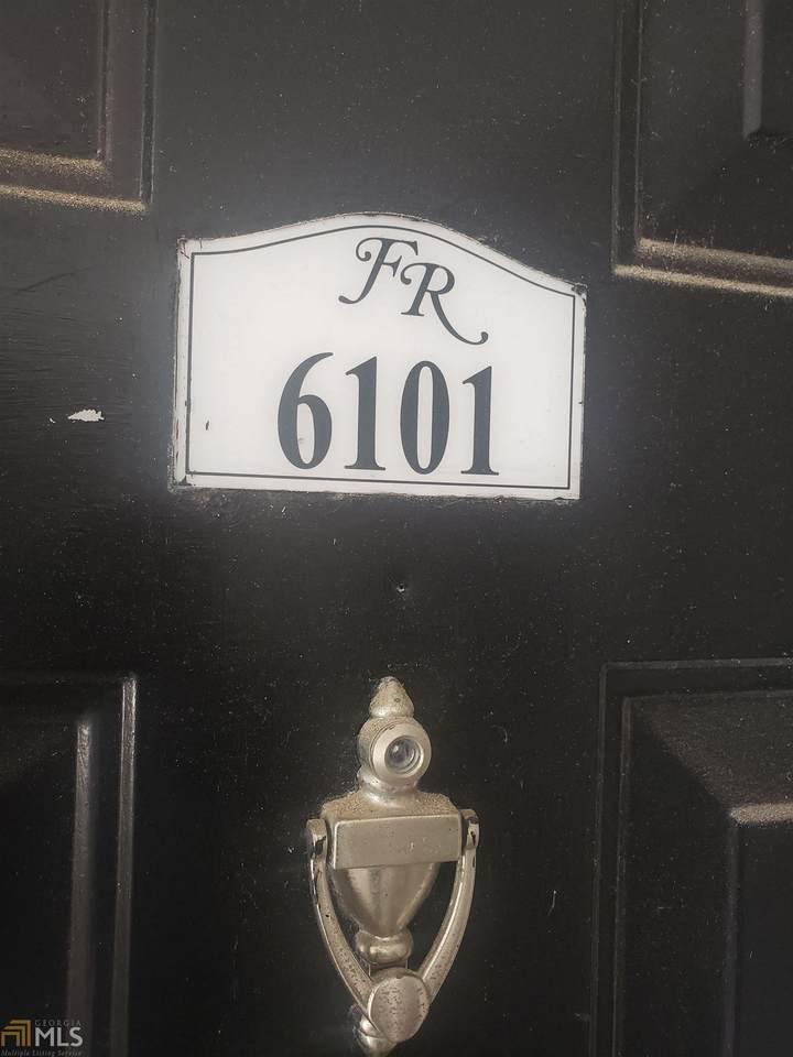 6101 Fairington Ridge Cir - Photo 1