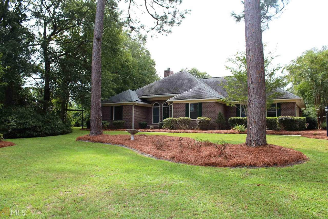 1020 Hunters Pointe Dr - Photo 1