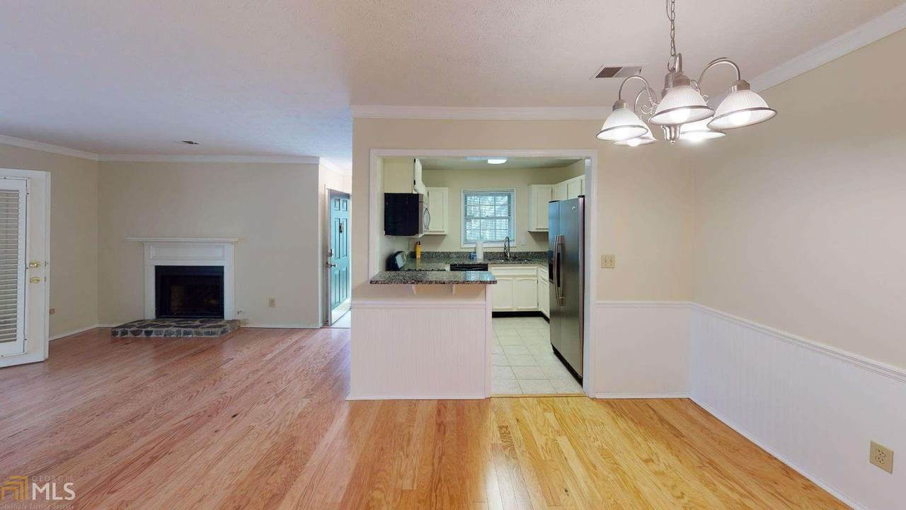 1403 Countryside Pl - Photo 1