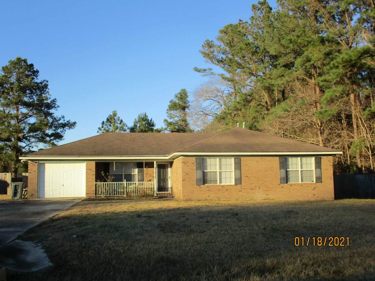 429 Hines Dr - Photo 1