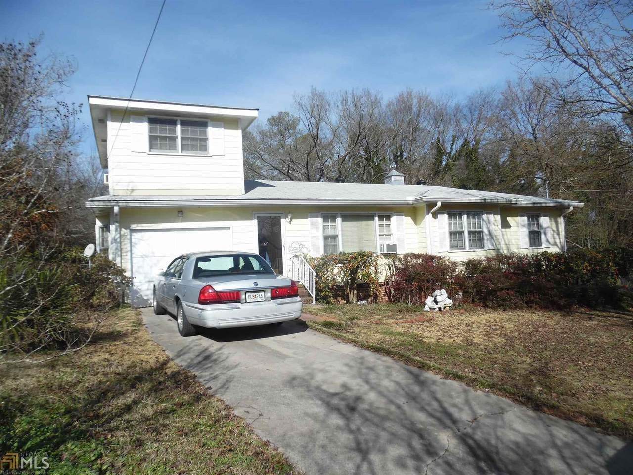 23 Lady Marian Dr - Photo 1