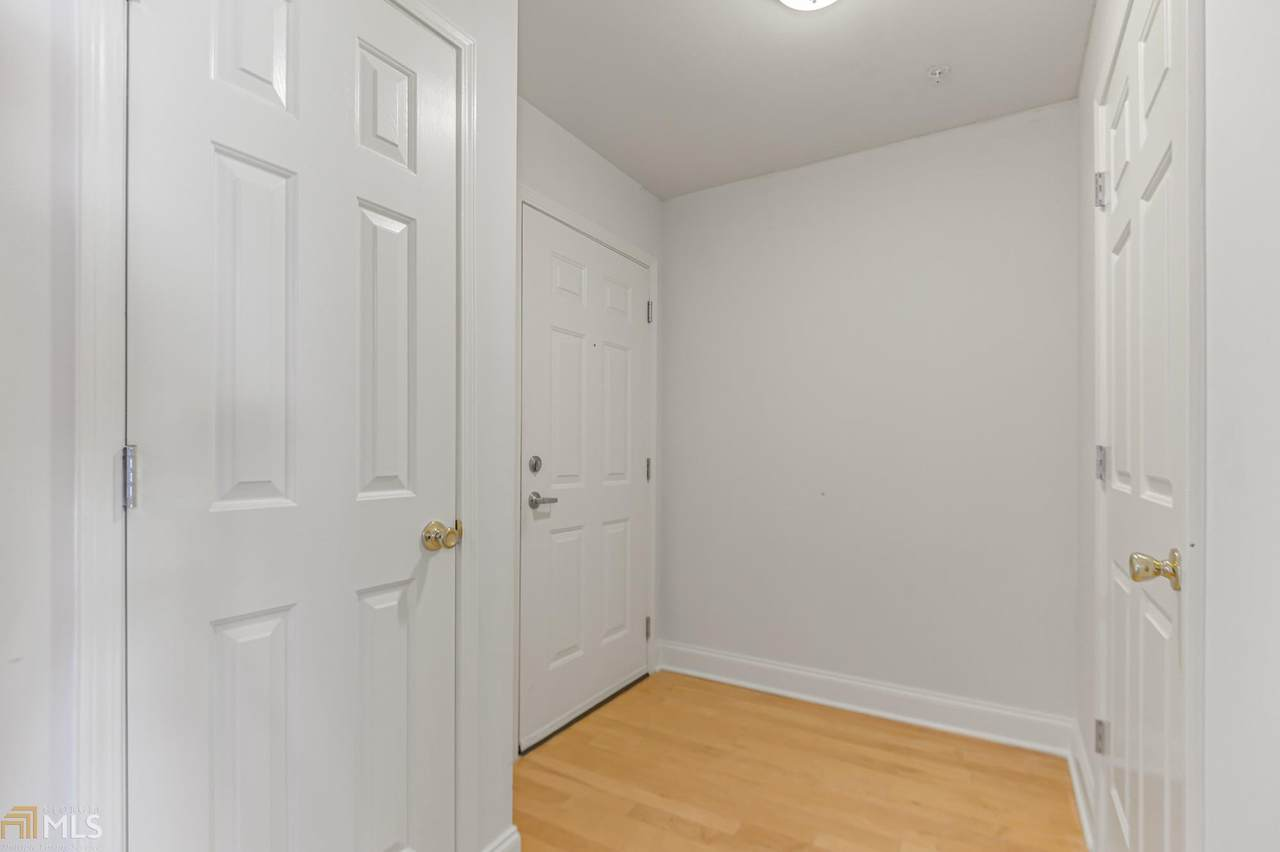 1075 Peachtree Walk - Photo 1