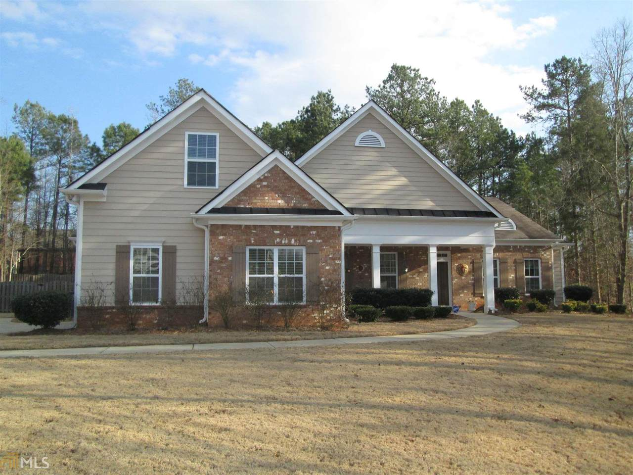 10 Colonial Ct - Photo 1