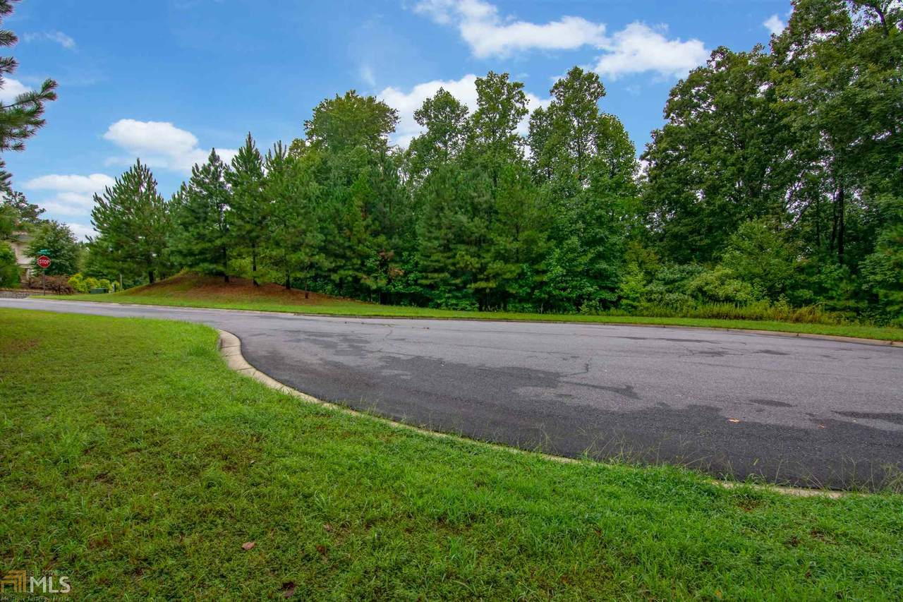 401 Bluegrass Way - Photo 1