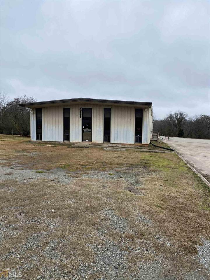 300 Concrete Rd - Photo 1
