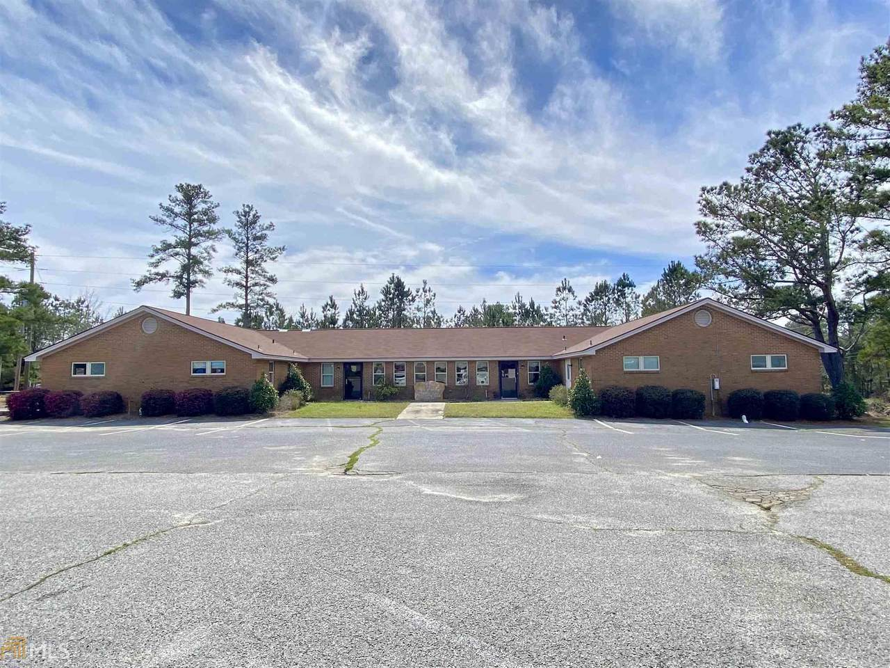 818 Professional Center Dr - Photo 1