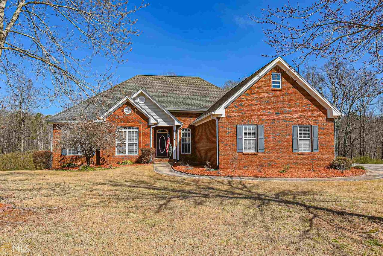 4696 Martins Crossing West Dr - Photo 1