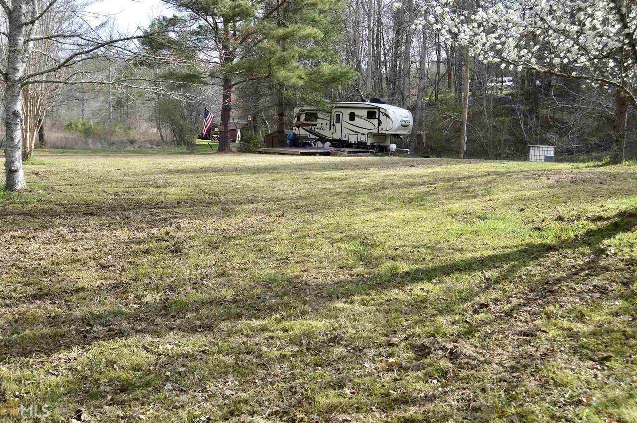100 Mill Hollow Rd - Photo 1