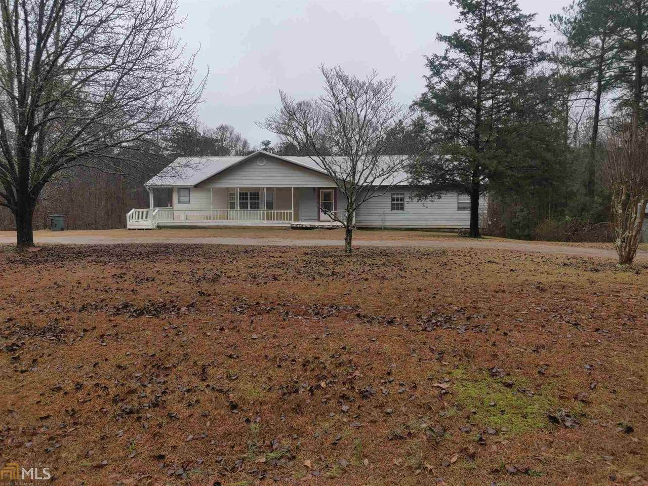 4945 Wallace Rd - Photo 1