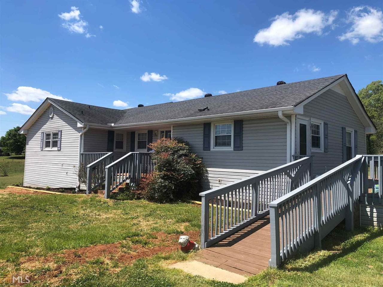 294 Brewer Phillips Rd - Photo 1