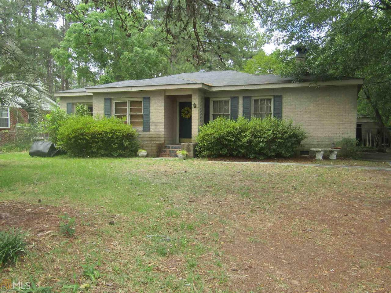 337 Jewell Dr - Photo 1